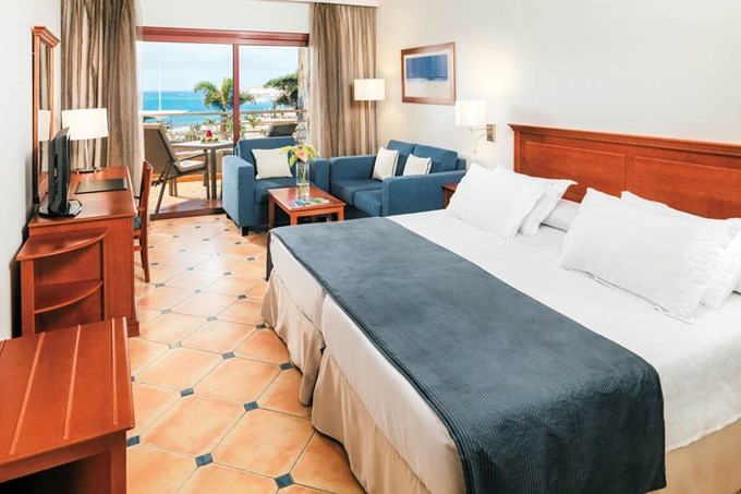 Double or Twin room with Sea or Pool View
