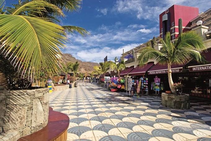 Paradise Lago Taurito & Waterpark - Playa Taurito Hotels | Jet2holidays