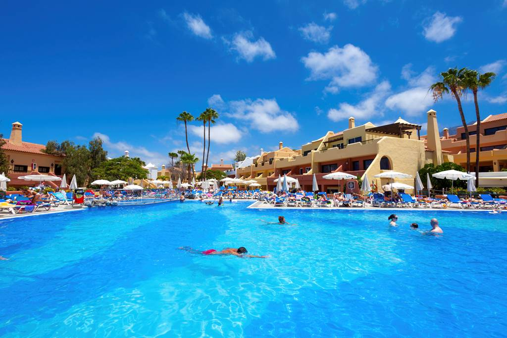 Tagoro Hotel And Siam Park